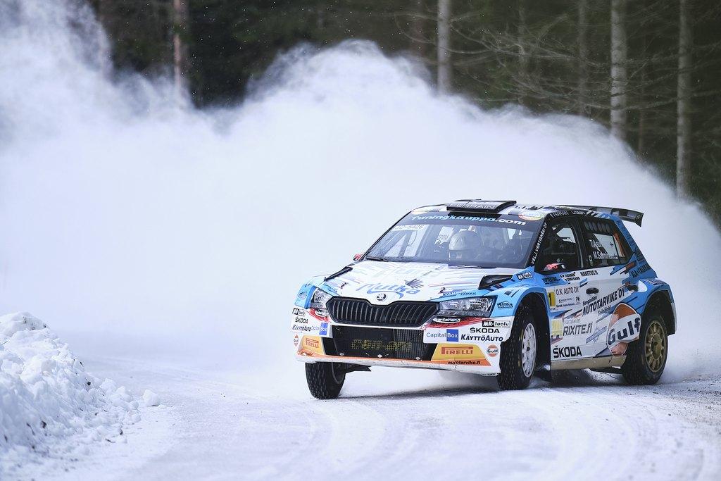 Teemu Asunmaa ja kartanlukija Marko Salminen SM O.K. Auto-Rallin EK1:llä. Kuva: Hannu Rainamo